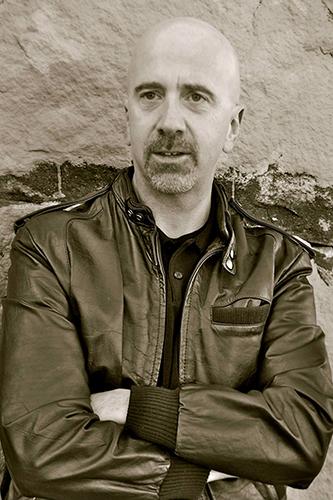 Author Allan Leverone